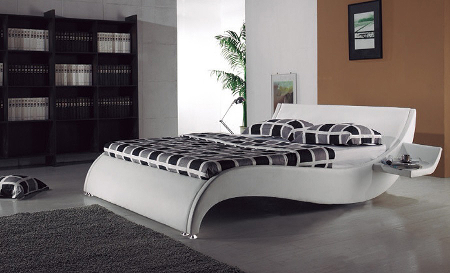 Leather Bed- Model 14